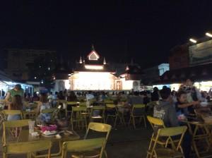 Essen auf dem Nachtbasar in Chiangrai Rai: Authentisch, entspannt, lecker.